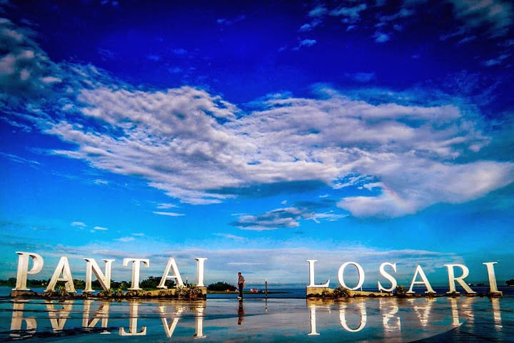 Pantai Losari Makasar