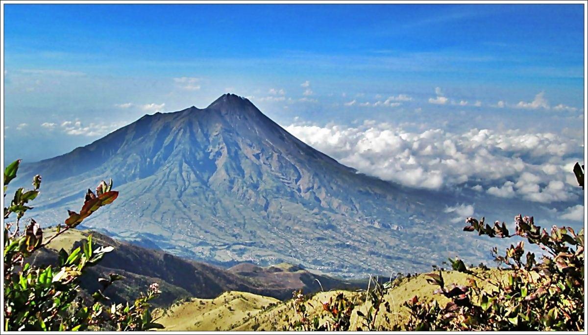 gunung merbabu 1